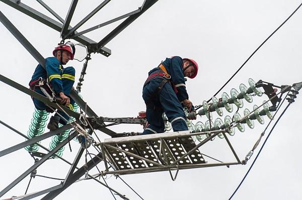 ВТиНАО обновили 60км воздушных икабельных линий электропередачи
