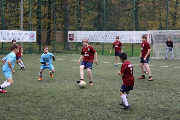 Футбольные команды приглашают натурнир помини-футболу вМосрентген