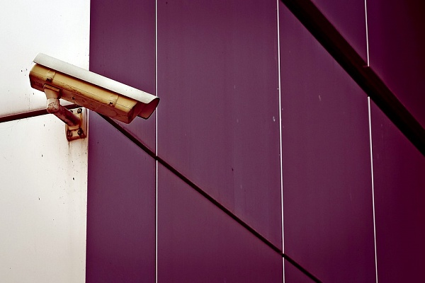 Практически 2 тыс. камер видеонаблюдения установят наподъездах многоэтажек ТиНАО